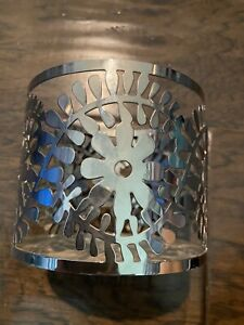 Bath & Body Works 3 wick Candle holder Sleeve Mod Flowers Silver