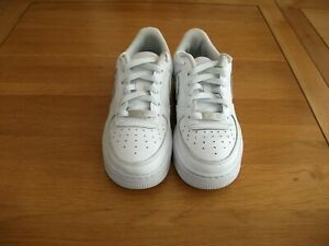 STUNNING NIKE AIR FORCE 1 WHITE LEATHER TRAINERS SIZE 4 UK VGC!!
