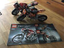 Lego Technic Technik 8051 und 42007 Motorrad