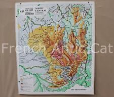 Carte scolaire ancienne Armand Colin Varon 103 Massif Central Auvergne Géologie