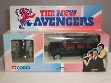 CORGI 57604 NEW AVENGERS GREEN DIECAST MODEL RANGE ROVER CAR + JOHN STEED FIGURE