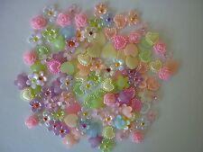 3D Nail Art Arcos Flores Corazones Margaritas KAWAII Arte en Uñas Decoración 30 piezas