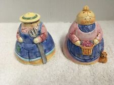 Down Home Collection Farmer & wife Salt & Pepper Shakers Roshco 1995 Vintage Fun