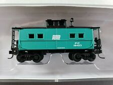 Walthers N Scale Penn Central NE Style Green Caboose #18423