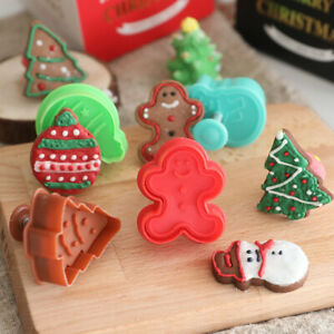 4Pcs Christmas Fondant Cake Cutter Plunger Cookie Decorating Baking Mould Tools