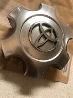 Toyota Tundra Center Cap # S303-10 #X1834147-9SF