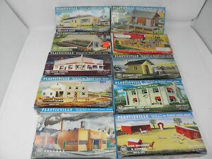 Lot of 10 PLASTICVILLE VINTAGE HO SCALE BUILDINGS KITS IN ORIGINAL BOXES