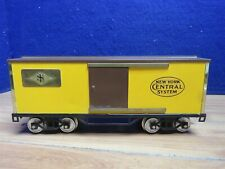 Standard Gauge yellow New York Central boxcar 588669