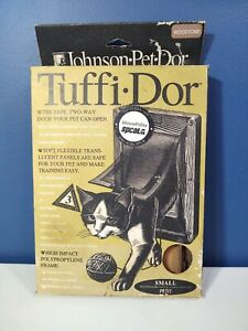 Vintage Johnson Pet Dor Tuffi Dor Woodtone Frame (Small) Cat Door Unused - NOS