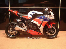 1:12 HONDA FIREBLADE BLADE SUPERBIKE FACTORY HRC CBR1000R 2015 SUPERB MODEL TOY