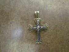 14 kt Yellow Gold Cross Pendant not scrap 3.3 Grams