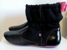 KANGAROOS pixie boots. UK 7  EU 40. Black with pink detail. Lovely style. Vgc