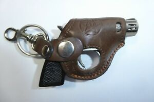 NOVELTY KEY RING GUN / PISTOL IN DARK BROWN HOLSTER - IDEAL GIFT - NEW LAST ONE