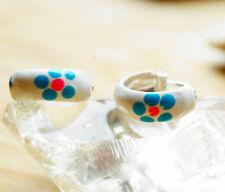 Handgefertigte Ohrschmuck ohne Steine aus echtem Edelmetall floralen Themen