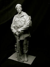 1/9th resin kit. SAS Sniper NW Europe WW2 par Maurice Corry