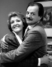 Penelope Keith & Peter Bowles 10 x 8 UNSIGNED photo - P1174 - Executive Stress