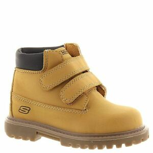 Work Boots Non Tie  Little Boys Wheat Color  NEW Little Boys Size 8