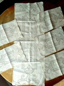 Vtg Needlepoint Embroidered Ivory Linen 42x15.5 Table Runner w/5 10x15 Placemats