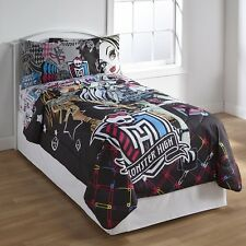 Mattel Monster High Girl's Twin Comforter All Ghouls Allowed