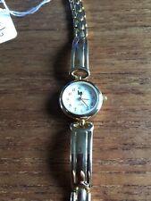 Mesdames lèvre couleur or semi rigide Ss Watch W466/3