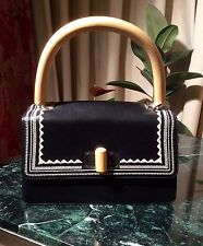 37 GIANFRANCO FERRE BLACK LEATHER HANDBAG WOODEN HANDLE WHITE EMBROIDERY  DETAIL
