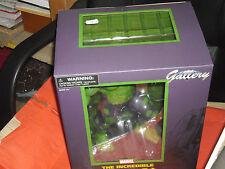 Diamond Select Marvel Gallery PVC Statue Hulk 28 cm *clcshop/giw*
