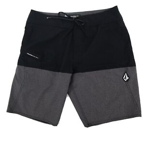 Volcom size 32 board shorts Mod Tech black gray zip pocket