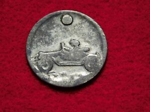 VINTAGE BEHOLD ST CHRISTOPHER GO IN SAFETY OLD CAR MEDAL