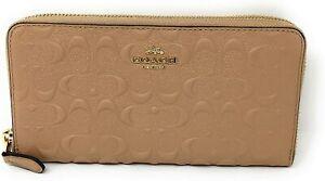 Coach Women's Accordian Zip Wallet in Signature Leather - Beechwood/Gold