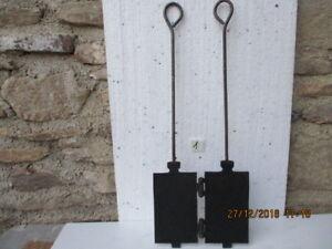 ancien fer à bricelets-curbelets en fonte