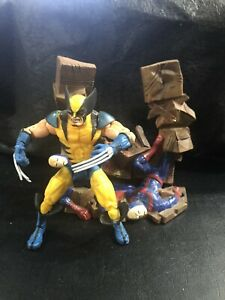 Marvel Legends Series 3 Wolverine Loose With Base 2002