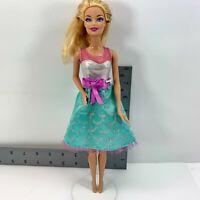Barbie Doll Blonde Hair Blue Eyes Pink Lipstick 1999 Mattel China