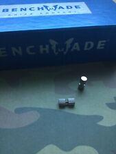 Benchmade Bedlam 860 - Double Silver Grip Wheel Thumb Stud
