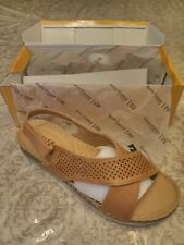Henry Ferrera Womens Perforated Slingback Wedge Sandals Tan Size 11 - GallyHo