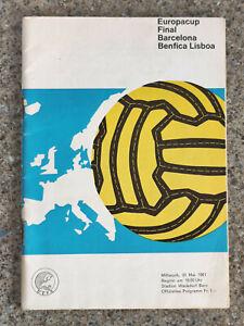 1961 - EUROPEAN CUP FINAL PROGRAMME - BARCELONA v BENFICA - ORIGINAL