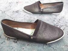 Frye Women's Melanie perf Slip On Shoe - pewter - Size 8.5 M