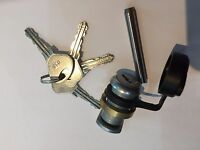 AVONRIDE TYPE  HITCH LOCK FULL PACKAGE, FOR IFOR WILLIAMS  INCLUDES CAM & 4 KEYS