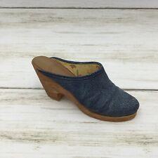 Just the Right Shoe Denim Blues Figurine #25141