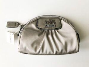 NWT COACH AMANDA SATIN COSMETIC BAG MAKEUP BAG ZIPPER CLOSURE 42034 SILVER