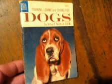 BOOK BOKLET  PURSE  EDITION TRAING  LOVING DOGS     20/28