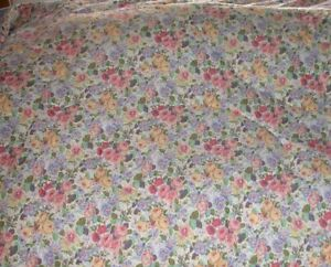 Vintage  LAURA ASHLEY KING SIZE COMFORTER BEDSPREAD ROSES Reversible