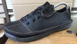 Men's CLARKS Black Leather Shoes - Size 8 G  (U.K.)