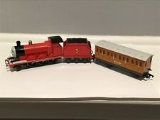 Bachmann 58743 HO Thomas & Friends James The Red Engine Locomotive #5 & Clarabel