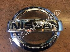 NEW OEM NISSAN 2014-2017 VERSA NOTE FRONT GRILLE EMBLEM - ONLY FITS NOTE!!!