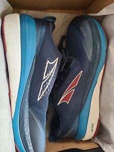ALTRA Men's AL0A4VQO Paradigm 5 Road Running Shoe  11, Blue Red New In box