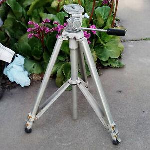 "Vintage Vivitar 1240 Metal Heavy Duty Aluminum Camera Tripod Made Japan 22""-62"""