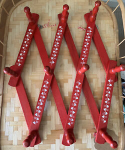 Vintage RED Wood Expandable Folding 10 Peg Wall Hanger Flowers Accordion Kitchy