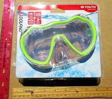 New Dolfino YOUTH Swim Mask Swimming Goggles Green Frame ages 7+ Adjustable
