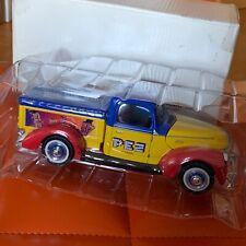 PEZ LKW Candy Truck Die Cast Ford 1940 Pickup Golden Wheel Spender NEU in OVP