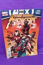 New Avengers #29 Brian Michael Bendis Marvel 2012 Comic Marvel Comics F/VF